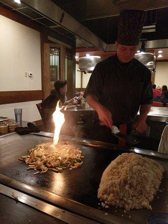 Kabuki Japanese Steak House : Cook