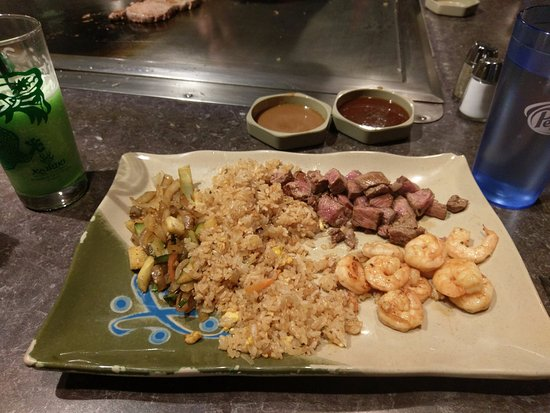Kabuki Japanese Steak House: Meal with steak, notice Green Dragon drink!