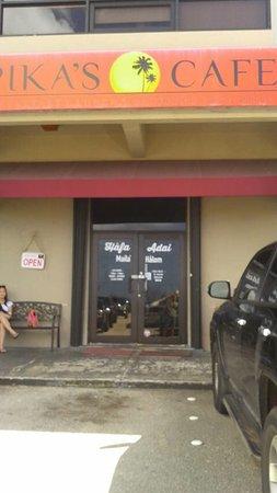 ピカズ カフェ, 店舗外観
