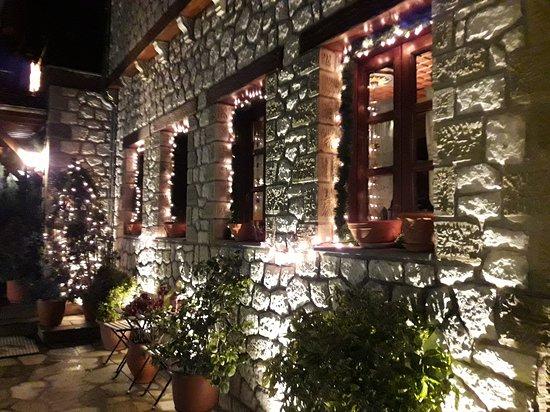 Elati, กรีซ: Αρχοντικό Τσιμπωνη