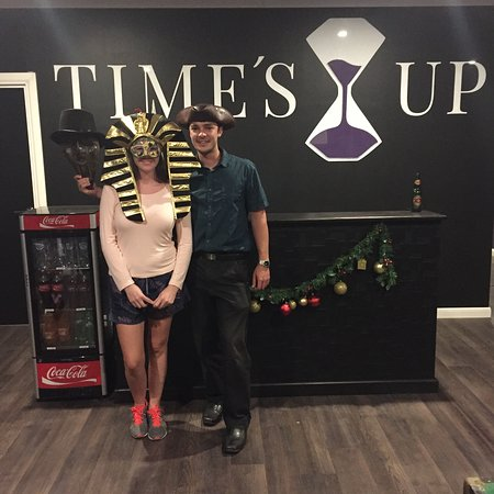 ‪Time's Up Escape Rooms‬