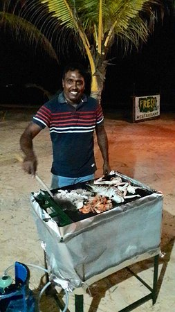 FRESH Seafood Restauran: Fresh Seefood Barbecue from the owner.