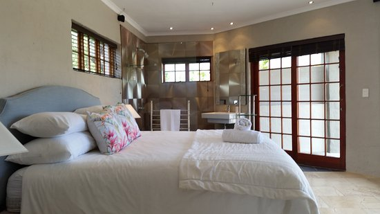 De Luxe Family Picture Of Victorskloof Lodge Hout Bay