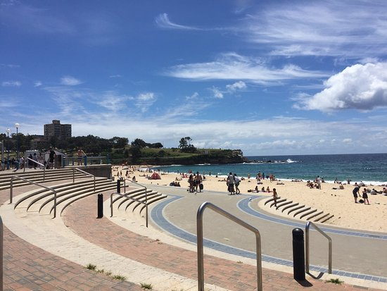 coogee beach la piccola piscina picture of coogee. Black Bedroom Furniture Sets. Home Design Ideas