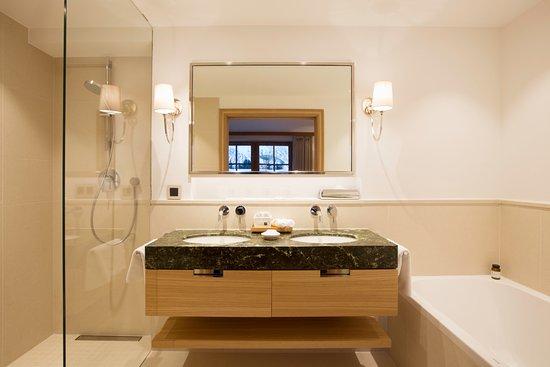 mit waschtisch gallery of waschtisch mit with mit waschtisch great affordable waschtisch set. Black Bedroom Furniture Sets. Home Design Ideas