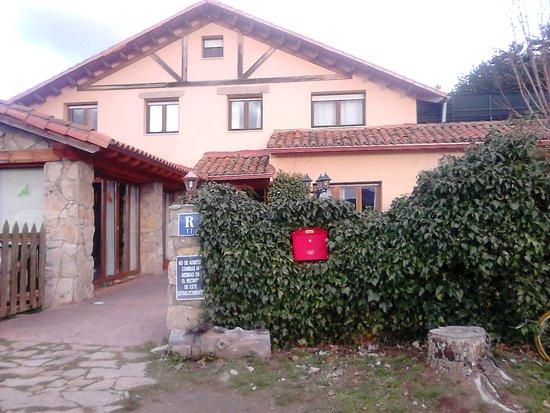 Hoyos del Espino, España: exterior
