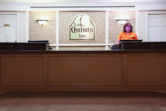 ‪‪Rock Springs‬, ‪Wyoming‬: Front Desk‬