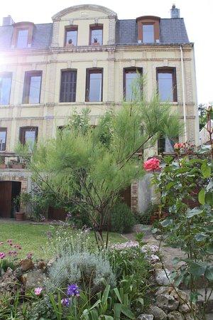 La maison de Maitre de 1880 vue du jardin - Bild von Chambres d ...