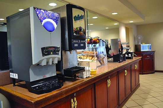 Pleasant Prairie, WI: Breakfast Bar