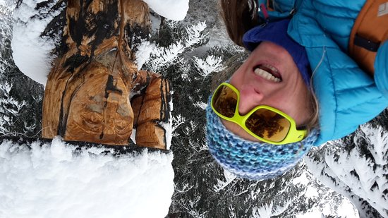 Le Chable, Switzerland: Winter hikes & snowshoeing!