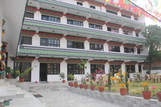 Yan'an, Kina: Hotel is beautifully decorated and manifest tibetan monastic structure