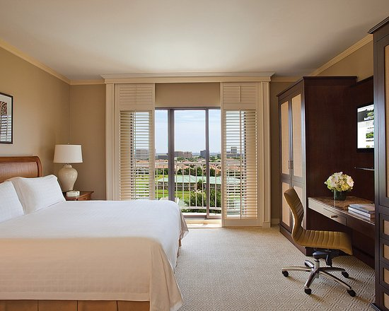 Irving, TX: Golf View Room