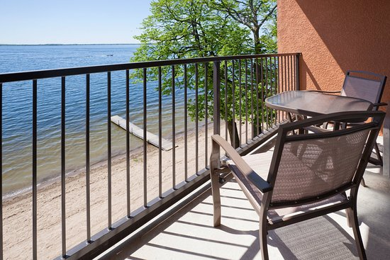 Detroit Lakes, Μινεσότα: Beautiful Private Balconies with view