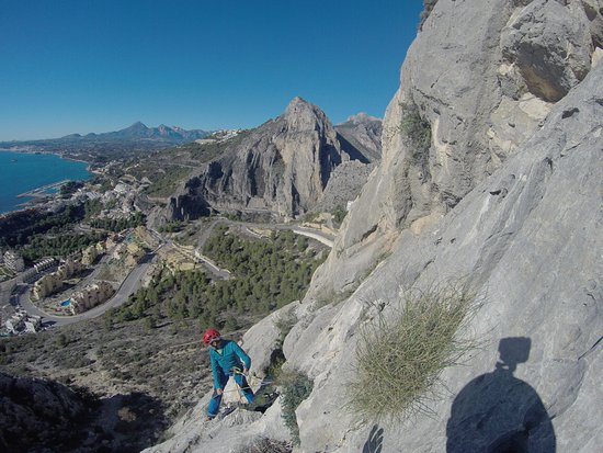 Calpe, Spain: Escalando una via