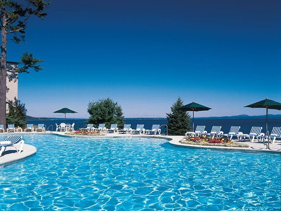 Holiday Inn Bar Harbor Regency: Swimming Pool