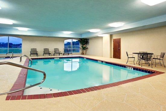 Malvern, أركنساس: Swimming Pool