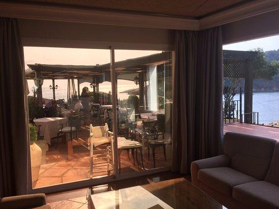 Hotel Aiguablava: Zona exterior para el desayuno