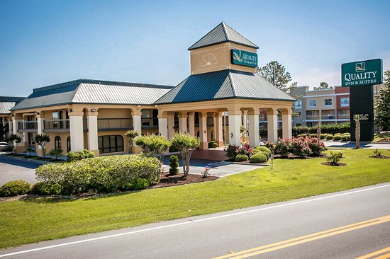 Quality Inn & Suites Civic Center: Sc Exterior