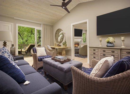 LAuberge De Sedona Creekside Suite Living Room