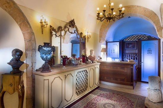 アクロポリス ホテル