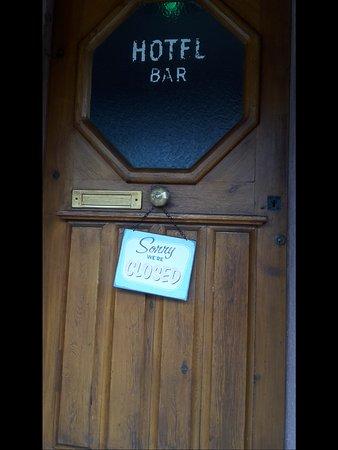 Hotel Haut-Koenigsbourg: Rezeption nicht durchgängig geöffnet....Ruhezeiten der Gastgeber sind zu beachten