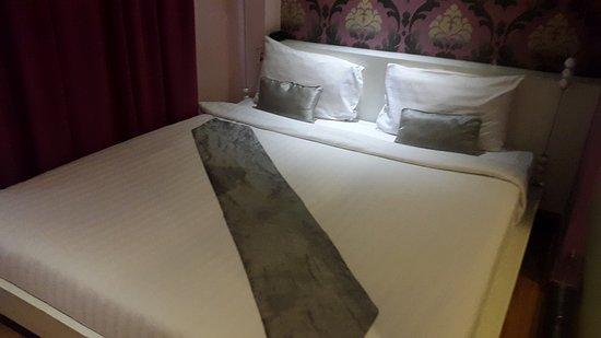 Glitz Bangkok Hotel: CHAMBRE