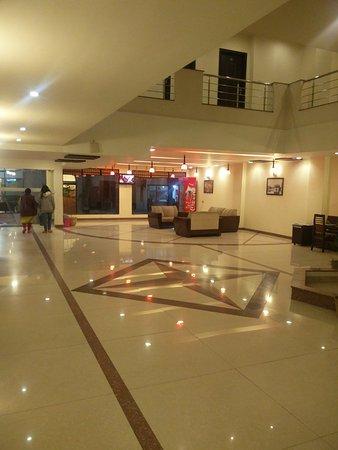 โฮเต็ล ฮ่องกง อินน์: Reception Lobby