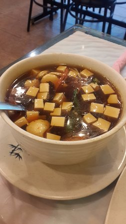 Fu Tien Vegetarian Restaurant: Sour and Spicy soup
