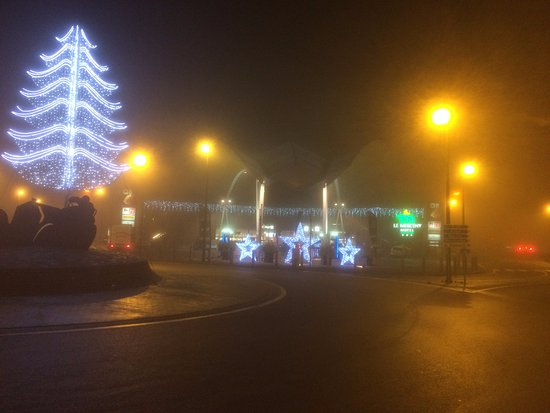 Le Merceny Motel : Christmas Lights