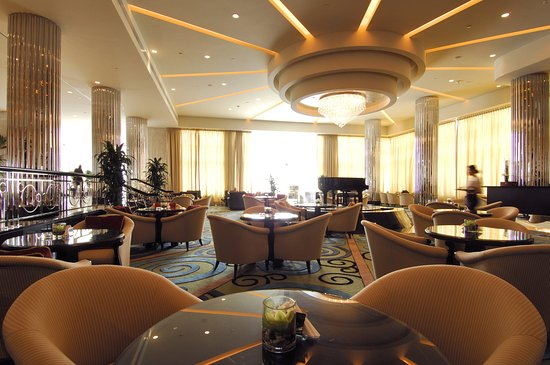 InterContinental Abu Dhabi: Lobby Piano Lounge