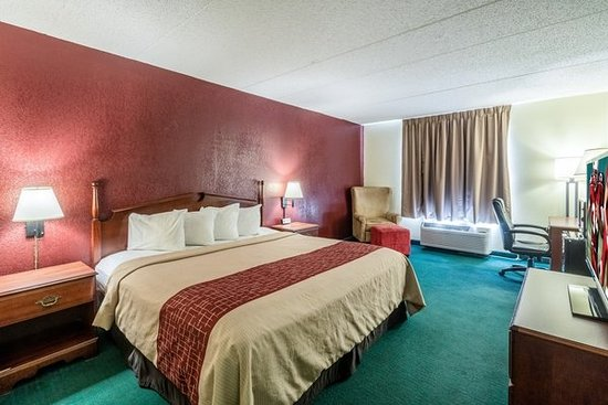 Red Roof Inn Morehead