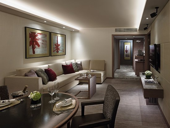 InterContinental Grand Stanford: Premier Harbour View Suite - Lounge