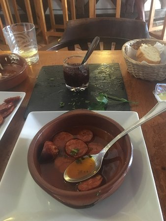 El Peregrino: Beautiful authentic tapas!