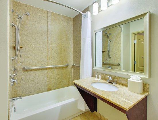 Cedar Hill, Teksas: Bathroom