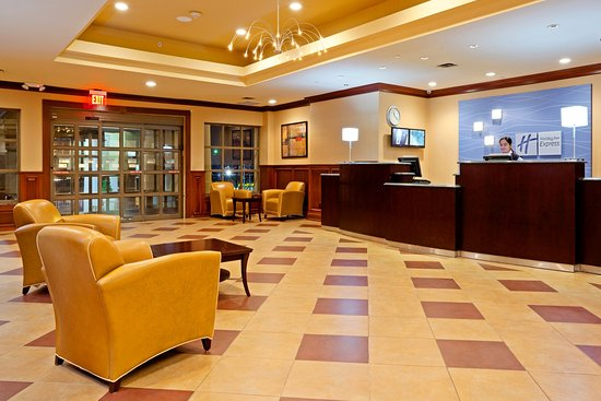 Holiday Inn Express North Bergen - Lincoln Tunnel : Lobby