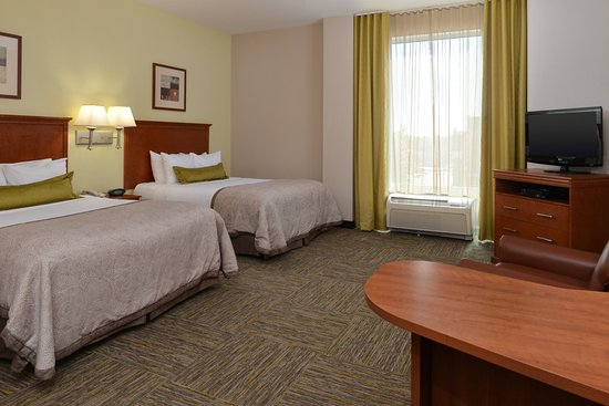 Candlewood Suites Terre Haute: Guest Room