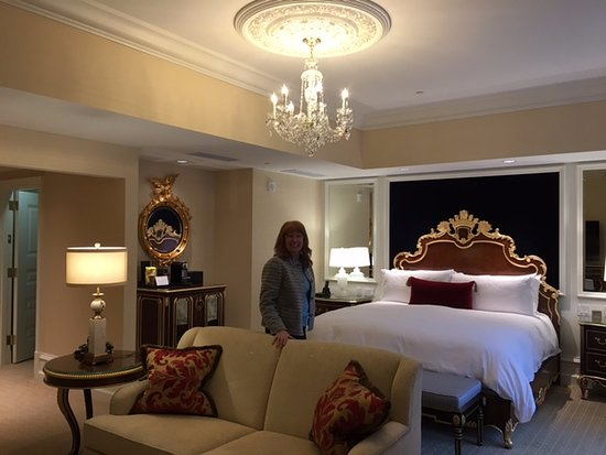 Trump International Hotel Washington D.C.: Pretty Room   Jr. Suite