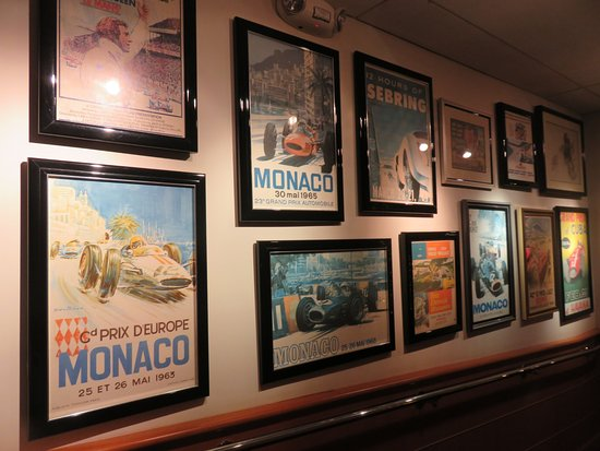 Travel Frames everywhere - Picture of Clyde\'s of Chevy Chase, Chevy ...