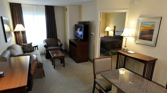 Clarence, NY: One Bedroom suites living area