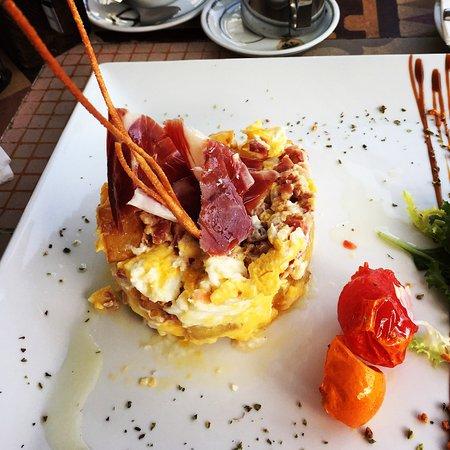 Restaurante Aqa: スパニッシュオムレツ
