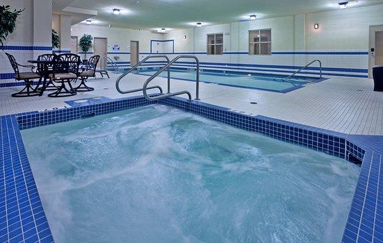 Holiday Inn Suites Kamloops