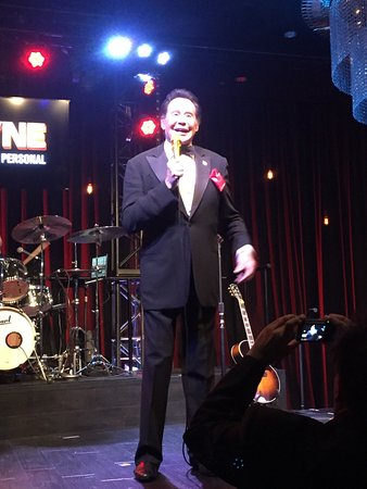 """Wayne Newton: """"Once Before I Go"""" : Spring for good seats!"""
