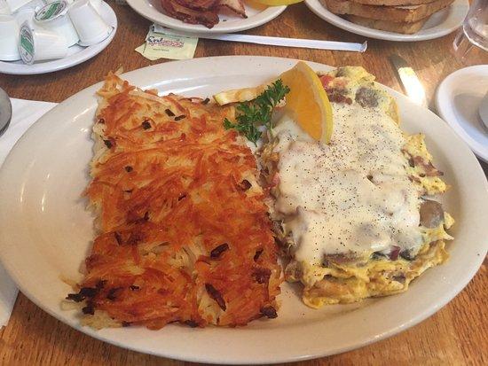 Old Monterey Cafe: Portland Omelet