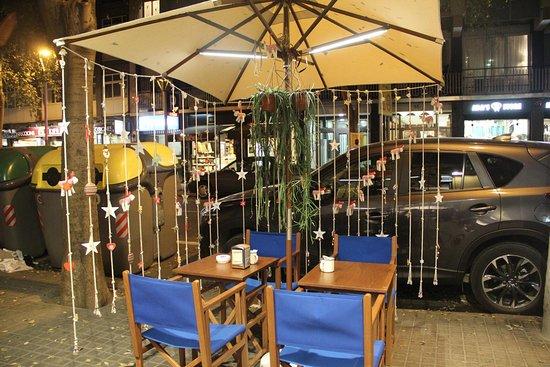 Es tastet mediterranean restaurant calle comte borrell - Calle borrell barcelona ...