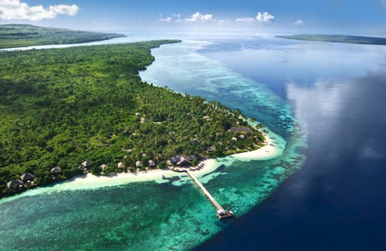 Modesto, Kalifornia: Tropical Diving in Wakatobi, Indonesia.  This is Bonnie's favorite places in the world to dive.