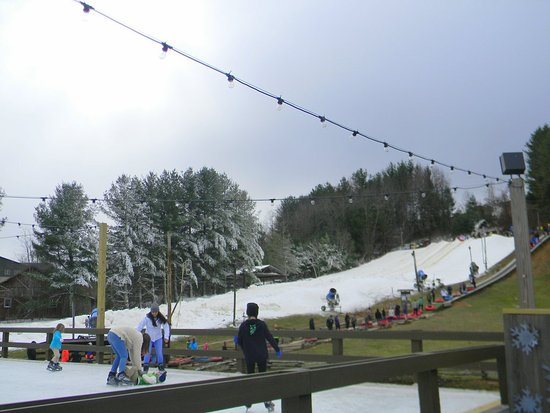 Scaly Mountain, NC: The snow tubing slope taken from the skating rink