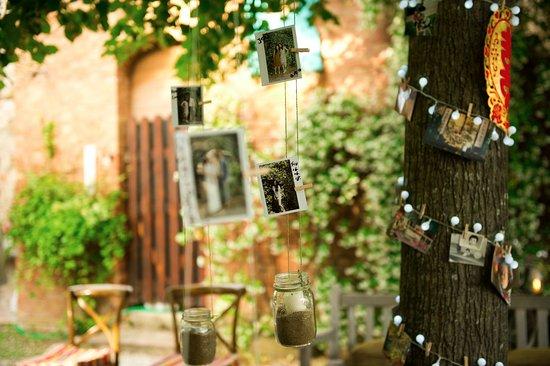 Castelfiorentino, Italy: Reception