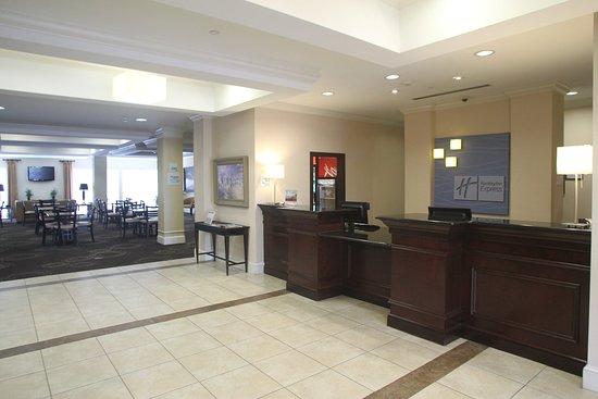 Pembroke, Βόρεια Καρολίνα: Hotel Lobby