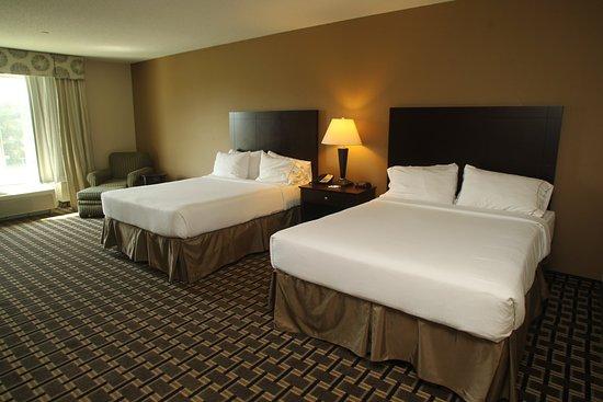 Pembroke, Βόρεια Καρολίνα: Queen Bed Guest Room