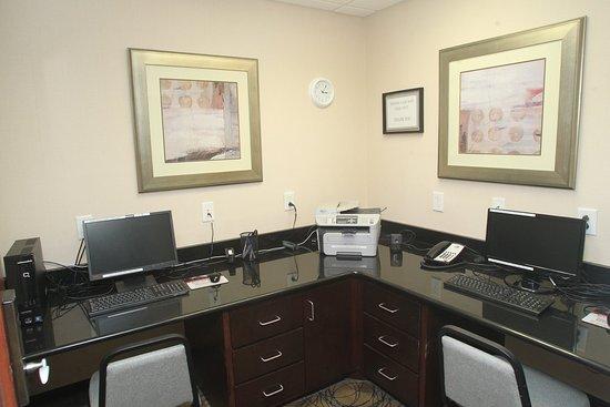 Pembroke, Βόρεια Καρολίνα: Business Center
